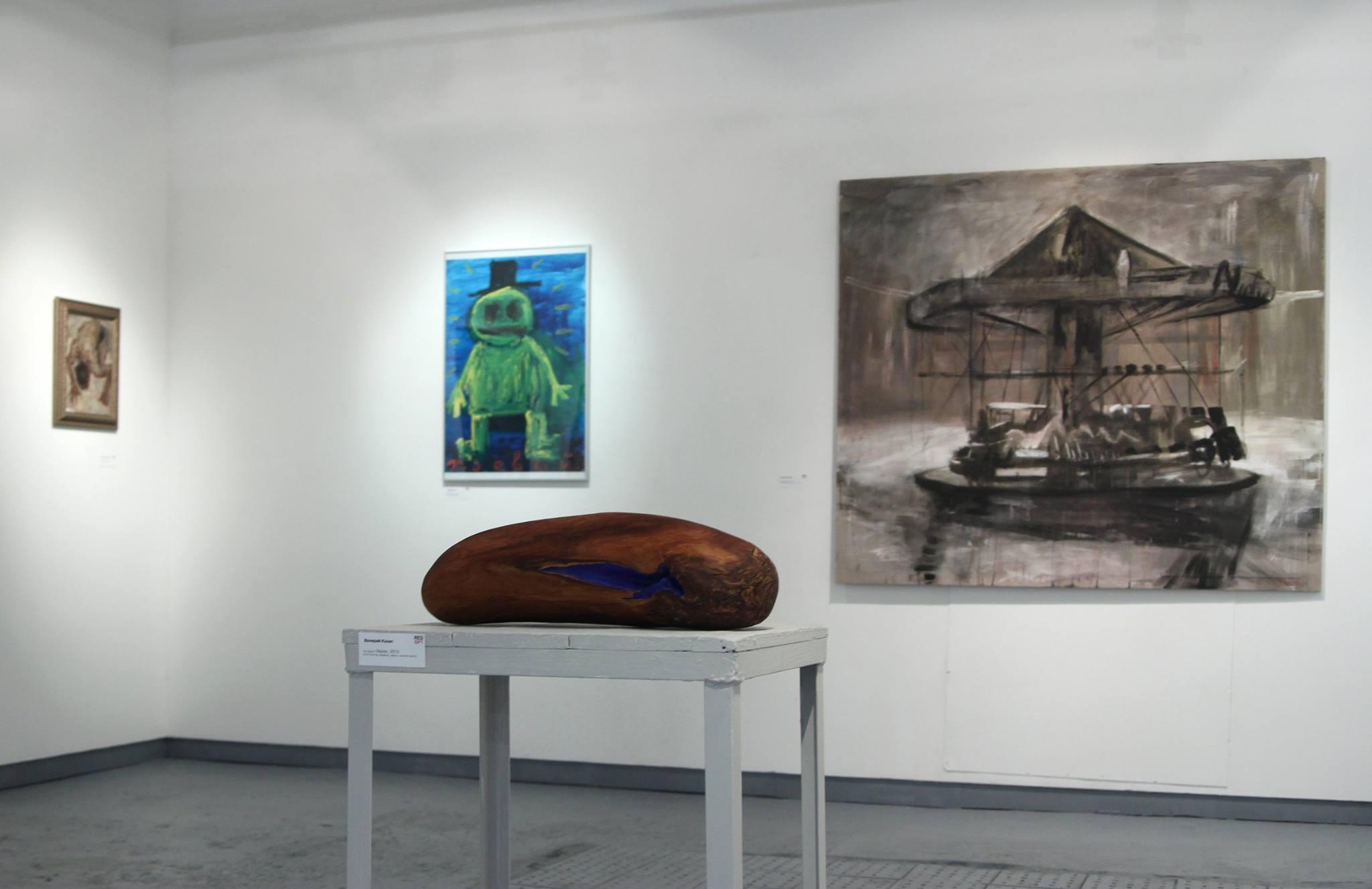 первая выставка в галерее RedGift